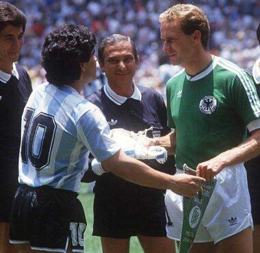 Maradona e Rumenigge